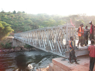 Kayu Deck Bailey Baja Truss Bridge Compact Dengan Tunggal Lane